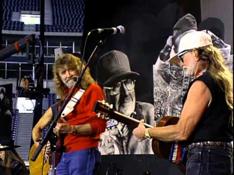 Willie Nelson - On The Road Again (Live at Farm Aid 1992)