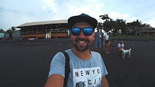 Бали. Наша вилла на Бали. Черный пляж. Чуть не утопил байк в океане. Indonesia, Bali.