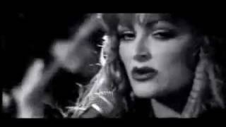 Wynonna Judd - When Love Starts Talking