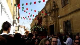 preview picture of video 'Inicio de la procesión de San Juan Evangelista en Huete -Cuenca- en 2012'