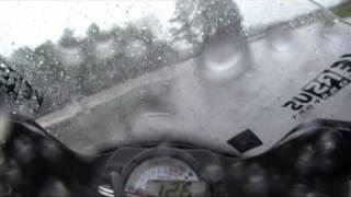 Vidéo Taggi sur le circuit de Bresse, zx6r + pluie par taggi