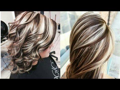 Hermosos tonos de rayitos en el cabello