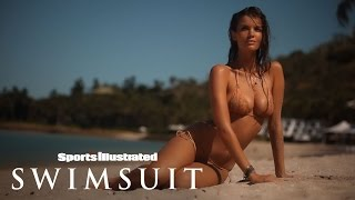 Natasha Barnard Model Profile | Sports Illustrated Swimsuit