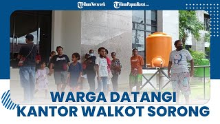Setelah Datangi Kantor Disnaker, Warga yang Kecewa Tak Dapat Bantuan Geruduk Kantor Wali Kota Sorong