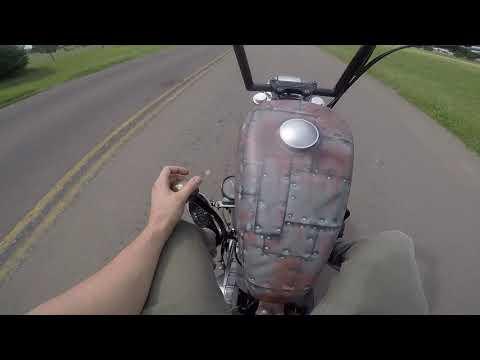 mp4 Harley Jockey Shift, download Harley Jockey Shift video klip Harley Jockey Shift