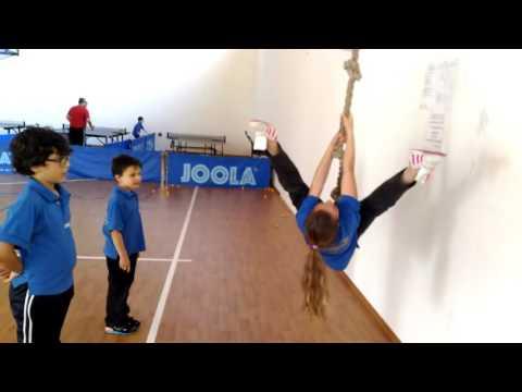 Liliana Pecora in evoluzione, allenamento compensativo di ping pong by www.albaragnos.com