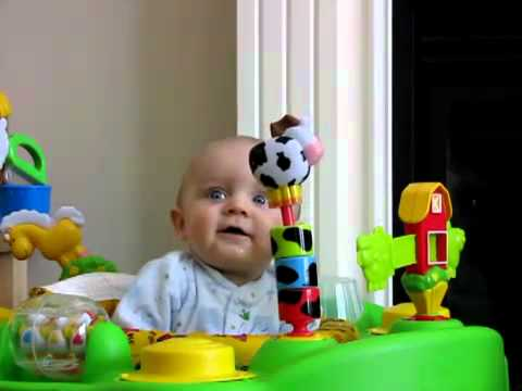 Đố bạn đoán được bé nào khi xem clip này