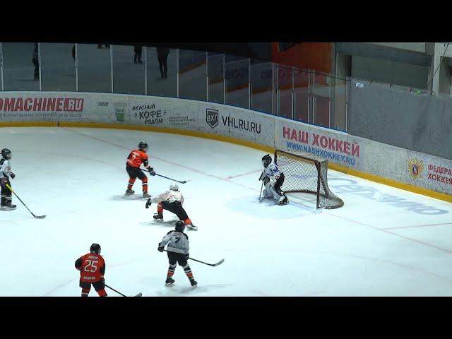 Живи хоккеем