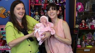 Dolly Review: JC Toys Berenguer Boutique La Newborn Layette Giftset