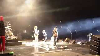 Aerosmith: Mother Popcorn / Walk This Way, Live in Tokyo 2013