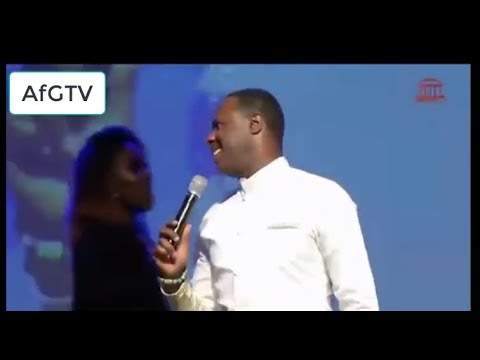 MICAH STAMPLEY SINGS AFRICAN MEDLEY LIVE AT TPH MAY 2017