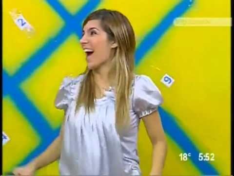 Karla Panini una de Las Lavanderas que guapa Mujer
