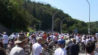 preview picture of video 'Alpago Giro del Lago di Santa Croce 2011'
