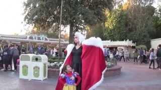 Disneyland guest wants to marry Cruella De Vil