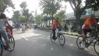 preview picture of video 'Suasana Klaten Car Free Day.AVI'