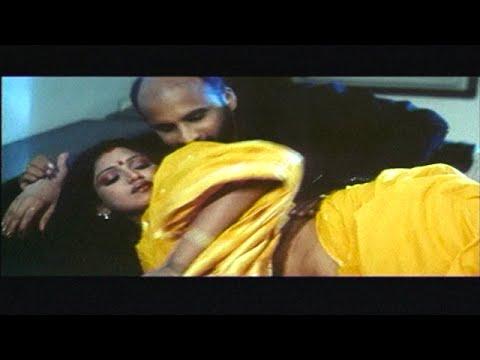 Manager affair with his Boss wife Bhuavneshwari | Pathikichi பத்திகிச்சி | Glamour Movie