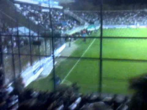 """""""El basurero provoco hasta terremoto"""" Barra: La Banda de Fierro 22 • Club: Gimnasia y Esgrima"""