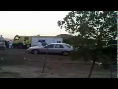 حادث انحراف شاحنة بطريق مكة جدة السريع 15 08 1433 هـ