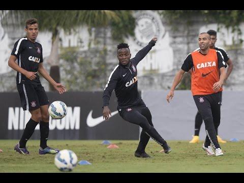 Timão faz último treino antes do Grêmio com mudanças na equipe