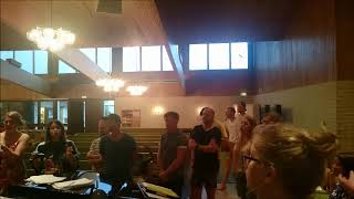 Solid Gospel sjunger One word (Kurt Carr)