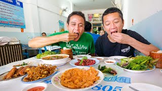 Ultimate Thai Street Food Tour - POPEYE SAUSAGE + Crazy Papaya Salad!! | Udon Thani, Thailand