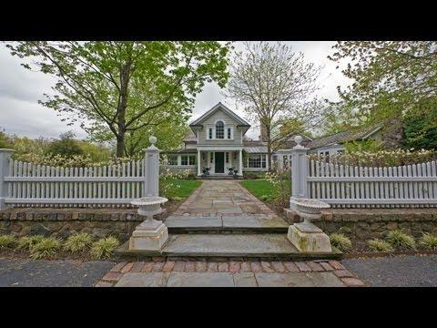 Tour a museum-quality Barrington estate