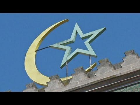 Γαλλία: Επανεξετάζεται η χρηματοδότηση τζαμιών από το εξωτερικό