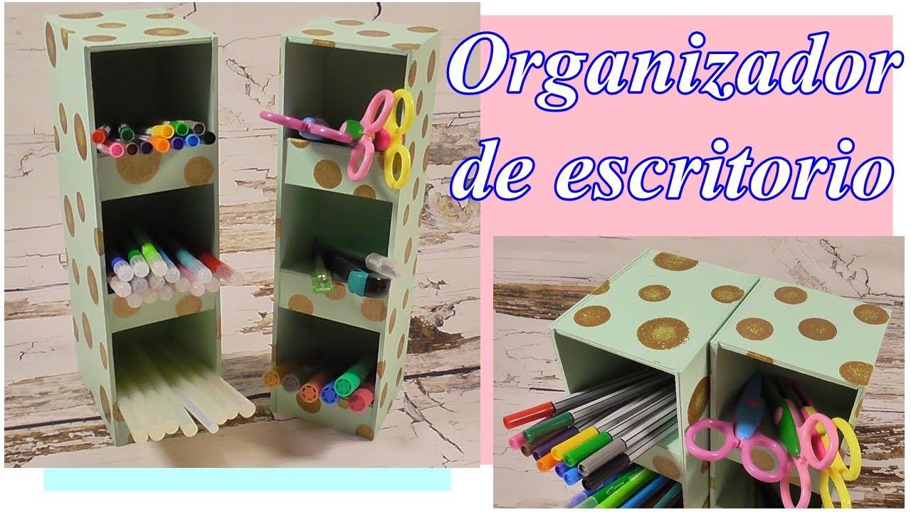 Organizador de escritorio hecho de cartón. DIY