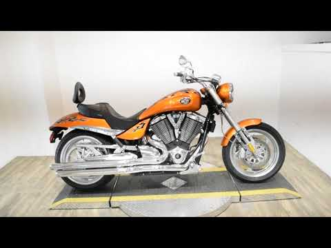 2006 Victory Hammer in Wauconda, Illinois - Video 1