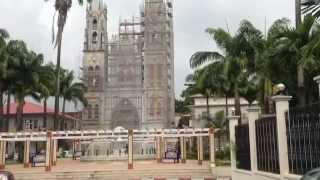 preview picture of video 'PATRIMONIO EXPRESS: CATEDRAL DE MALABO'