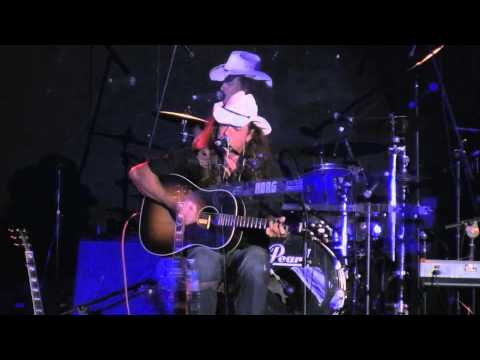 BAD AND THE BEAUTIFUL performed @ Brian Cadd / Russell Morris support.Coffs Harbour 2010 mov