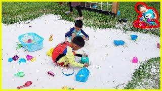 น้องบีม | เล่นสนามเด็กเล่น เที่ยวชลบุรี บัลโคนีซีไซด์ศรีราชา