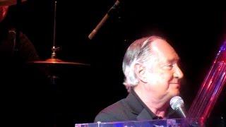 Neil Sedaka Live - Laughter In The Rain 2015