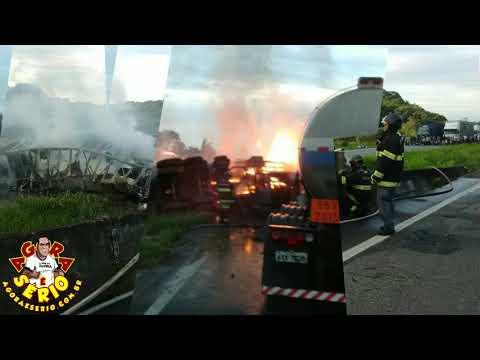 Acidente com incêndio no Km 470 em Jacupiranga