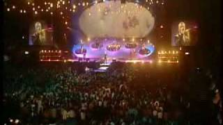 Ronan Keating lovin each day (destination wembley 2002)