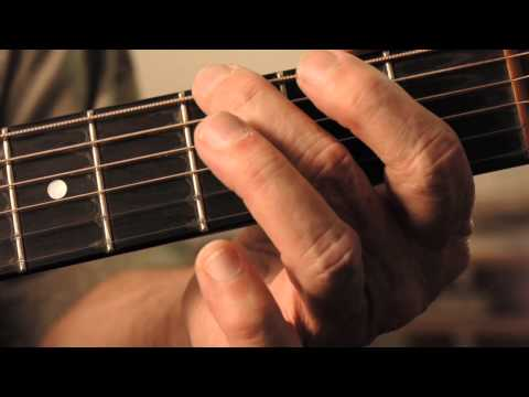 How to Play the G Chord on Guitar : Acoustic Guitar
