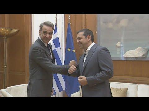 Συνάντηση του Κυρ. Μητσοτάκη με τον Αλ. Τσίπρα στη Βουλή