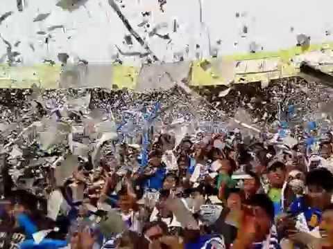 """""""Recibimiento San Jose en Cochabamba y gasificación a la barra"""" Barra: La Temible • Club: San José"""