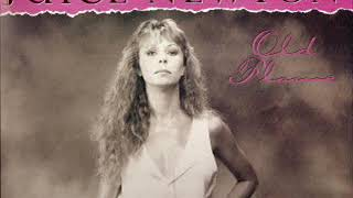 Juice Newton  ~ Stuck In The Middle With You