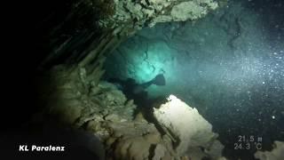 Cave Diving Sidemount Restriction
