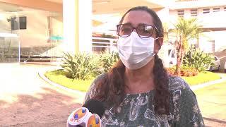 Após justiça suspender edital de terceirização do Hospital Regional, profissionais de saúde fazem ato em agradecimento