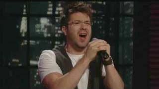 Danny Gokey - What Hurts The Most (Regis & Kelly Show)