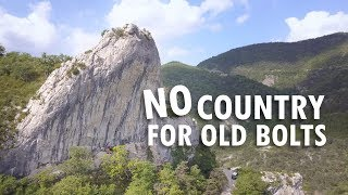 No country for old bolts (4K) - Nina Caprez & Cédric Lachat au Rocher Crespin