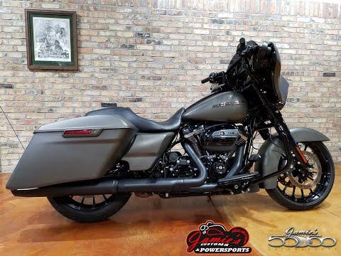 2019 Harley-Davidson Street Glide® Special in Big Bend, Wisconsin - Video 1