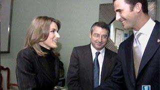 Anuncio del compromiso entre el Príncipe de Asturias y Letizia Ortiz