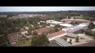 preview picture of video 'Scharnebeck und Elbe-Seiten-Kanal aus der Luft'