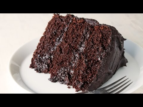 Video How to Make the Most Amazing Chocolate Cake