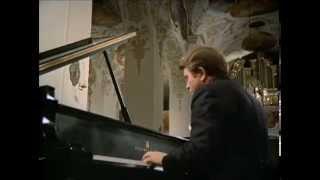 Emil Gilels plays Mozart, Beethoven, Schumann, Mendelssohn