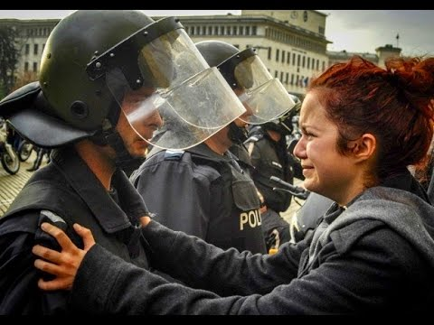 Citizens Helping Police | Amazing People Compilation