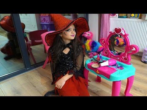Masal Kostüm Partisi için Cadı Makyajı Yaptı! Masal pretend play witch costume & kids make up toys